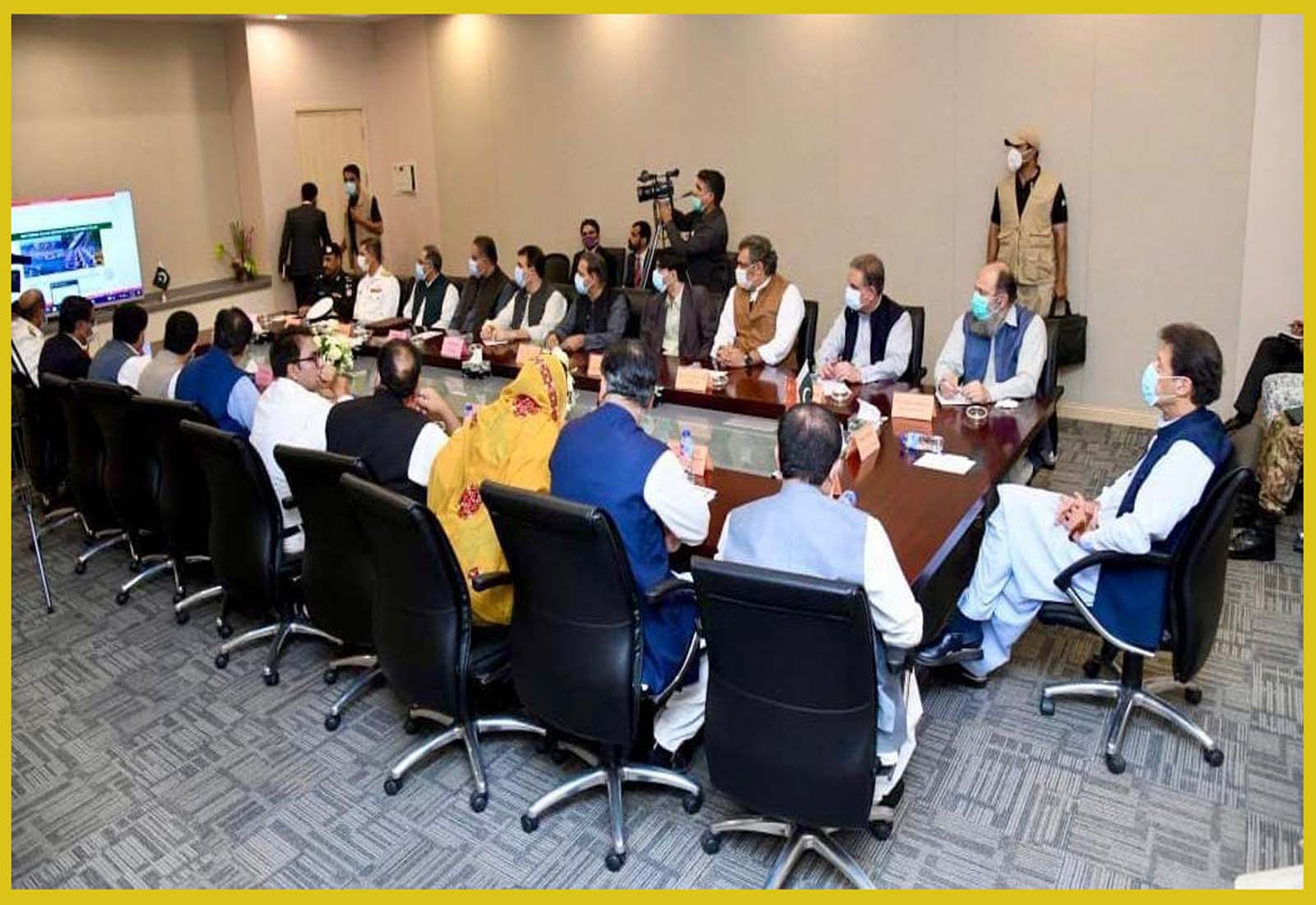 Gwadar: Under the presidency of Prime Minister Imran khan higher level meeting was held in Gwadar in which Prime Minister was given brief about South Balochistan Package.
